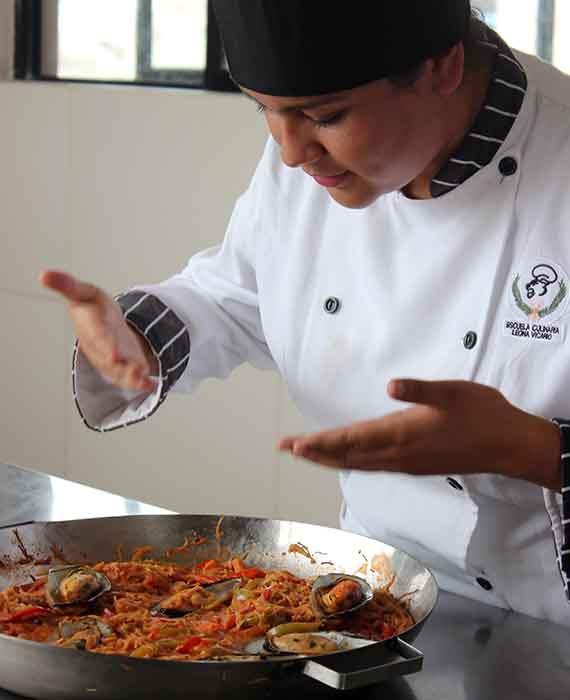 Técnico en Gastronomía - Instituto Tecnológico Particular Leona Vicario